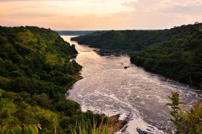 Evening,_Nile_River,_Uganda.jpg